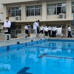 神奈川県立海洋科学高校で水中ドローンの授業 慶應研究所員が指導、プールで操作体験も